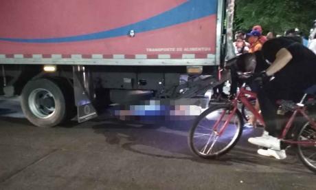 Identifican a motociclista que murió en accidente de tránsito
