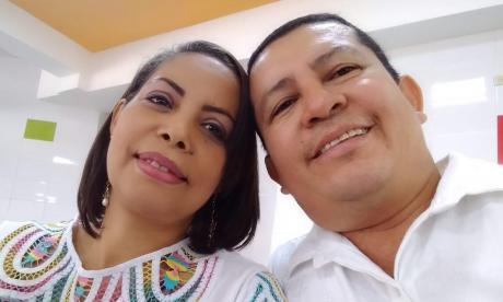 Evelin Meriño y Jesús Orellano, además de esposos y socios, tienen dos hijos de  20 y 13 años.