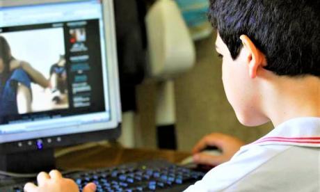 'Nativos digitales' tienen coeficiente intelectual más bajo que sus padres