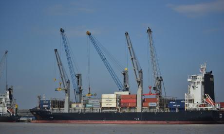 El movimiento de carga en el Puerto crece 15,7% en octubre
