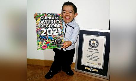 De talla baja y corazón grande: Edward Niño, el hombre más pequeño del mundo