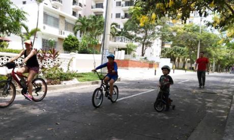 Barranquilleros vuelven a pedalear en la ciclovía