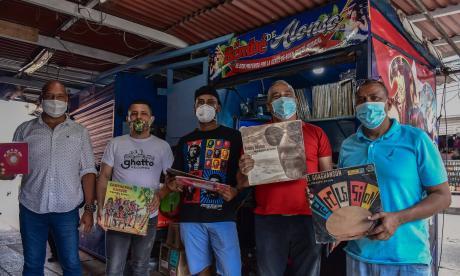 Un grupo de coleccionistas locales mostraron al lente de EL HERALDO sus mejores vinilos.