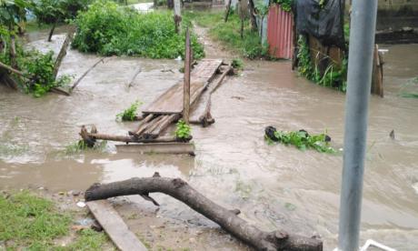 En Atlántico hay más de mil viviendas afectadas por desbordamiento de arroyos