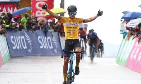 El barranquillero Nelson Soto se alza con otra etapa en la Vuelta a Colombia