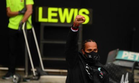 """Hamilton quiere ser ejemplo para """"chicos y chicas que sufren discriminación"""""""