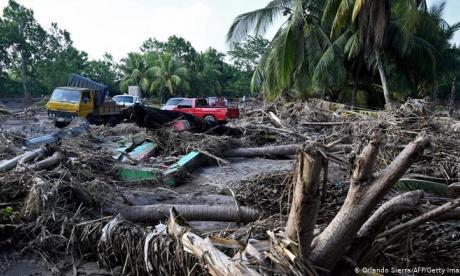 Al menos 12 muertes deja el impacto del huracán Iota