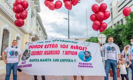 Con marcha piden no olvidar a los 2 niños desaparecidos en Minca