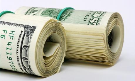 El dólar sigue cayendo y se ubica por debajo de los $3.500