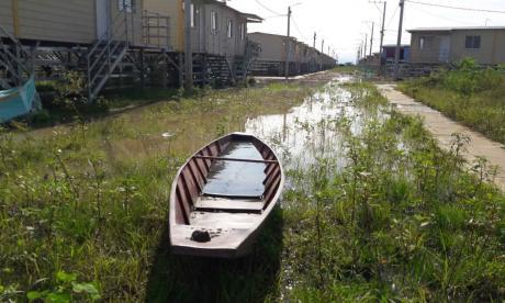 Ni las casas palafíticas se salvan de las inundaciones en Sucre-Sucre