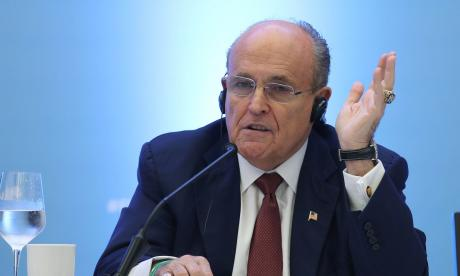 Rudy Giuliani, abogado de Trump, es hospitalizado por coronavirus