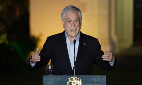 El presidente de Chile se denunciará a sí mismo por pasear sin tapabocas
