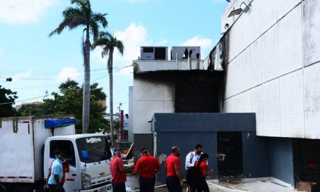 En video   Controlan incendio en bodega de SAO de la 93