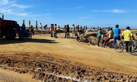 Salinas de Manaure, nuevamente paralizada