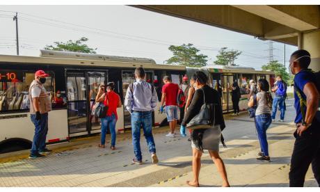 AMB espera resolución para subir aforo de buses al 70%
