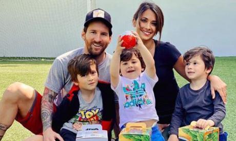 El argentino Leo Messi llegó este miércoles a Rosario, su ciudad natal.