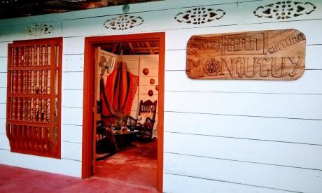La entrada al Centro de Interpretación Cultural Montucuy es una réplica de una casona colonial del municipio de Colosó.