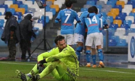 Nápoles 6, Fiorentina 0: David Ospina sacó el arco en cero
