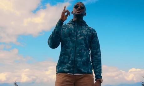 Jackson Martínez se lanza a cantante y presenta 'Porque Solo Tú'