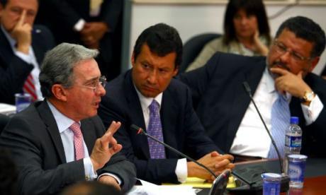 Abogados de Uribe anuncian impugnación ante la Corte por tutela negada