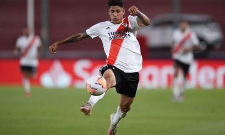 Carrascal, positivo por covid-19 en River Plate