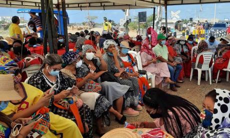 Comunidades wayuu llevan 11 días bloqueando la vía férrea de Cerrejón