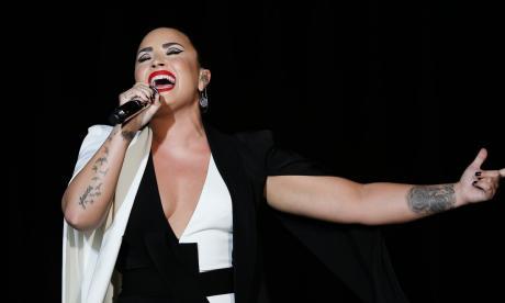 Demi Lovato reveló que tuvo un infarto y tres derrames tras su sobredosis