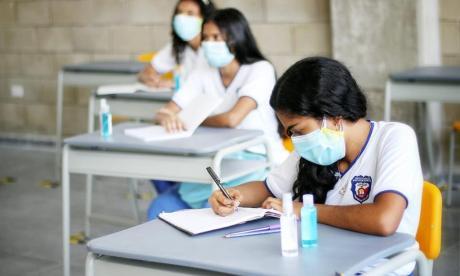 187 colegios esperan visto bueno para alternancia