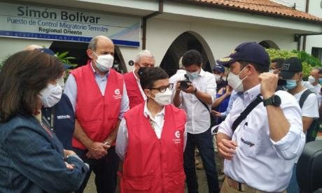 """Venezuela dice que visita de González Laya a Cúcuta es una """"puesta en escena"""""""