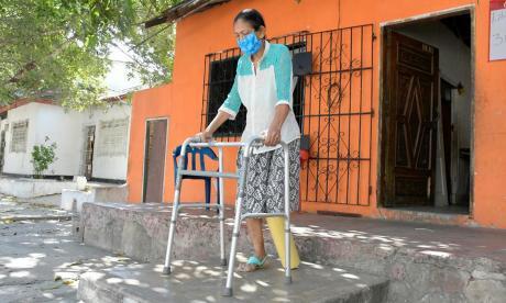 ¡Por fin! Luego de un año, Ruth Cera recibió donante de prótesis