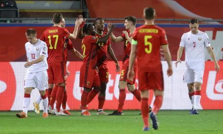 Bélgica exhibe su poderío ofensivo y arrasa a Bielorrusia