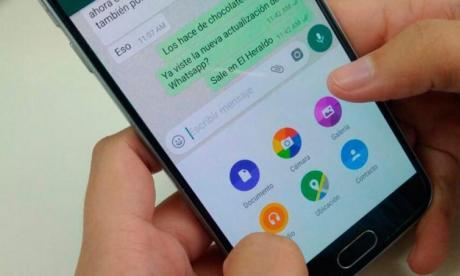 """WhatsApp incorpora """"stikers"""" sobre las vacunas contra la covid-19"""