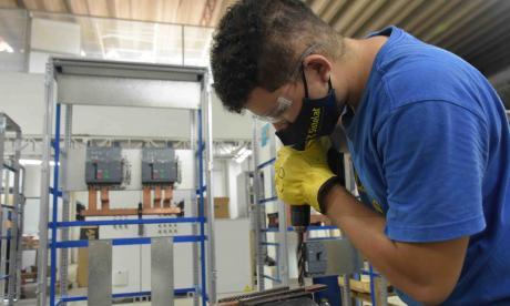 Avanza debate para generación de empleo formal