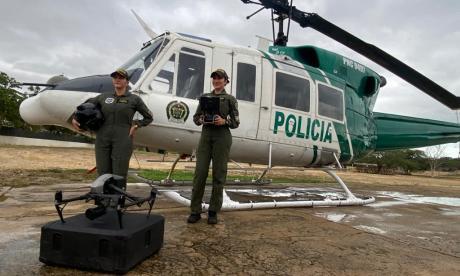 Mujeres: encargadas de la vigilancia aérea en Riohacha