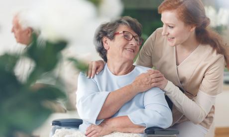 Abuelas con Alzheimer: un desafío en confinamiento