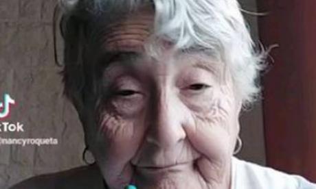"""Nancy Roqueta, una """"abuela TikTok"""" con tres millones de fans"""