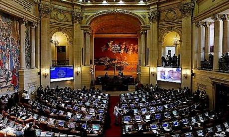 "Liberales socialdemócratas dicen que ""Gobierno no debe insistir en retoques a la Tributaria"""