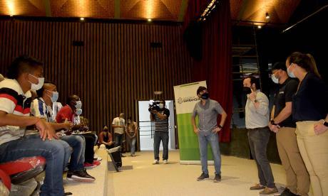 Distrito crea estrategias para transformar el empleo juvenil