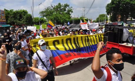 La costa realizó marchas y movilizaciones pacíficamente