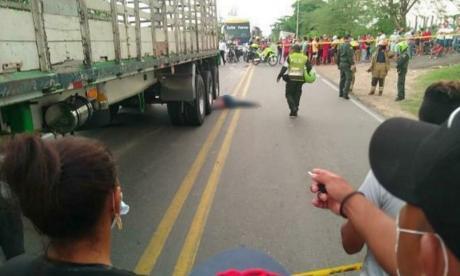 Accidente de tránsito en la Cordialidad deja una mujer muerta y a un hombre herido
