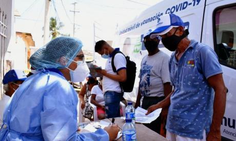 Vacunación contra la covid-19 avanza en un 71% en Cartagena