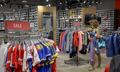 Confianza del consumidor cayó en mayo en 34,3%,