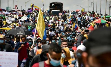 """Gobierno le responde al comité del paro: """"aglomeraciones generaron hipercontagios"""""""