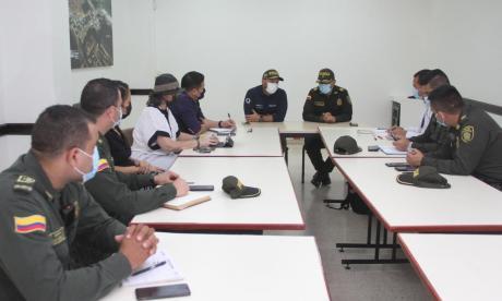 Diseñan plan para fortalecer la seguridad en Juan Mina