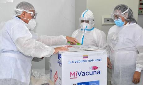 Con 16.800 vacunas de Moderna, Santa Marta vuelve a aplicar la primera dosis