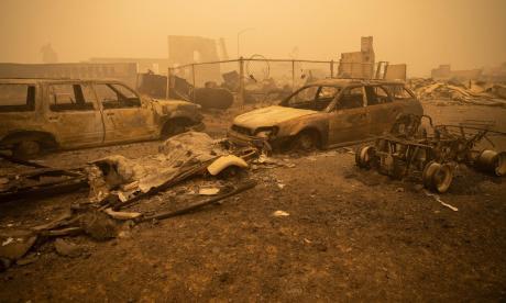 El incendio Dixie es ahora el segundo más grande en la historia de California