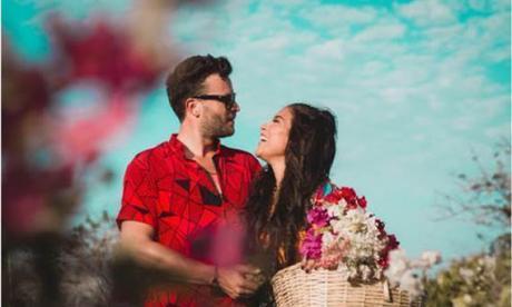 Karen Lizarazo y Gusi cantan 'En la boca'