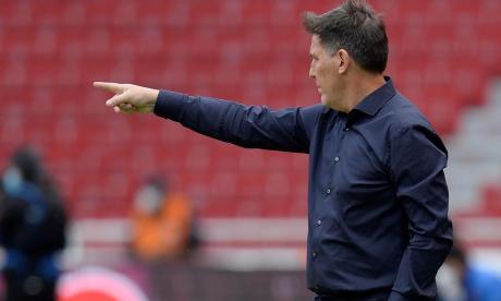 Eduardo Berizzo cree que Paraguay jugará diferente ante Colombia