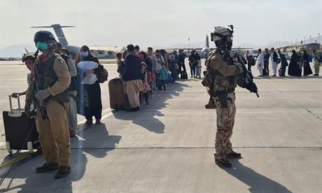 Afganos ya no vendrían a Colombia: estarán en bases militares norteamericanas