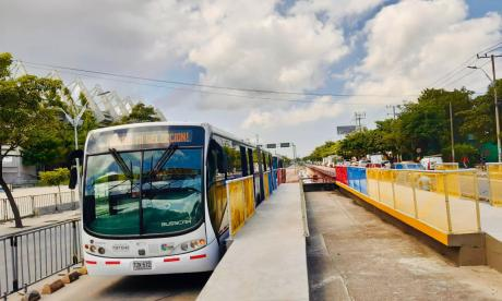 Transmetro habilita plataforma para llegar al 'Metro' este jueves